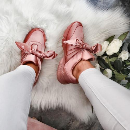 Satīna sporta apavi