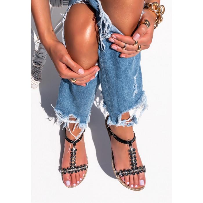 Melnas sandales ar kristāliem