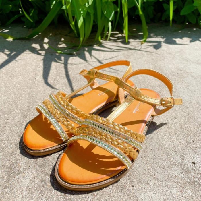 Brūnas sandales ar akmentiņiem